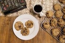brownedbutterchoccookies_08