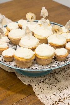 almondcupcakes-5